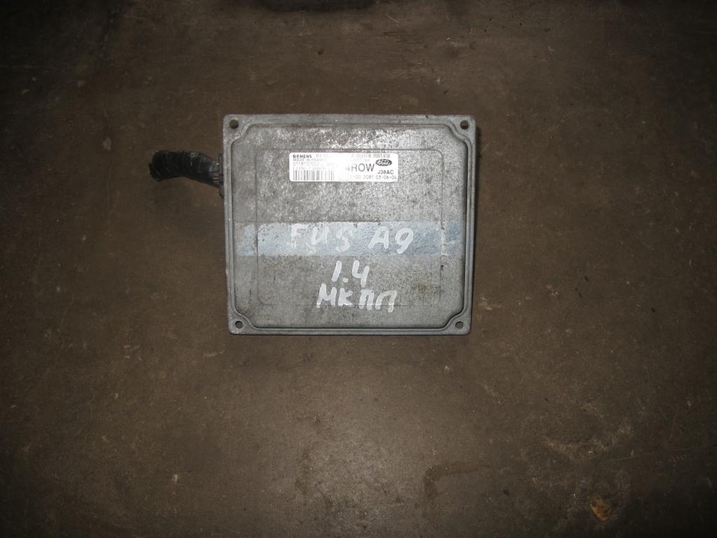 Блок управления двигателем Форд Фиеста.JPG