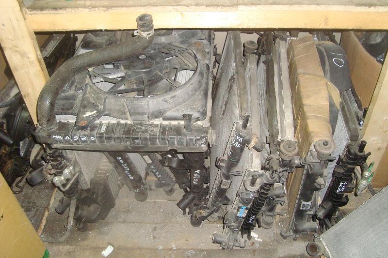 Радиатор охлаждения Форд Фокус 2.JPG